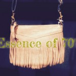 A LITTLE OF 70's FLAVOR -suede fringe shoulder bag-